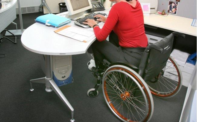 重度障害者の就労中介護サービス見送り。「無賃」労働の酷い実態