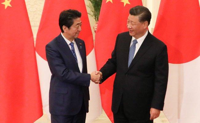 今までの外交努力が水の泡。習近平「国賓」で安倍首相に痛烈批判