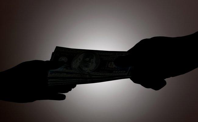 ワイロ総額700万円超えか。IR汚職の秋元議員再逮捕で深まる疑惑