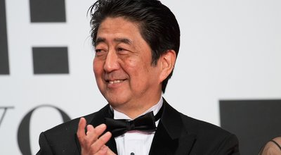 Prime_Minister_Abe_Shinzo_at_Opening_Ceremony_of_the_Tokyo_International_Film_Festival_2016_(32831191783)