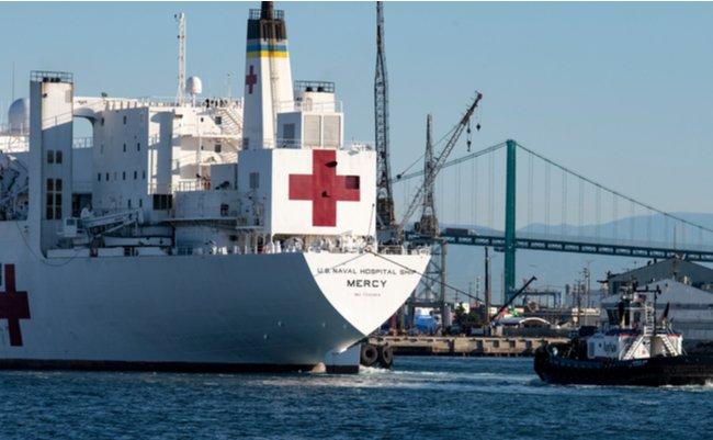軍事アナリストが提案。チャーターによる野戦病院型の「病院船」
