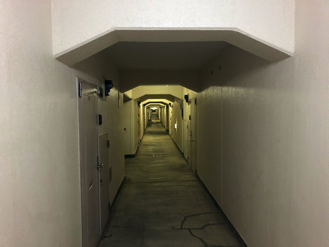 34、35号棟の共用部廊下
