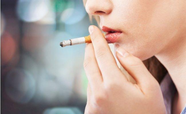 やっぱり「タバコで重症化」新型コロナのリスク因子を医師が警告