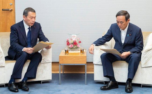"""大臣を辞めて横浜市長選へ出馬の異常。小此木氏の背後に""""ハマのドン""""と菅首相の影"""