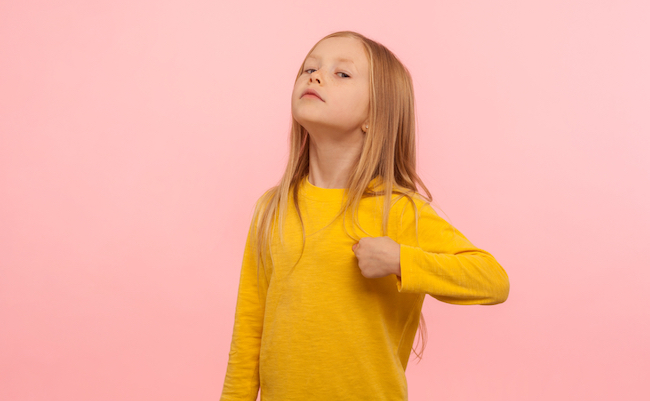This,Is,Me!,Portrait,Of,Arrogant,Self-confident,Preschool,Girl,Pointing