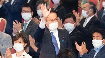 岸田首相_自民党インスタ_トリ済み